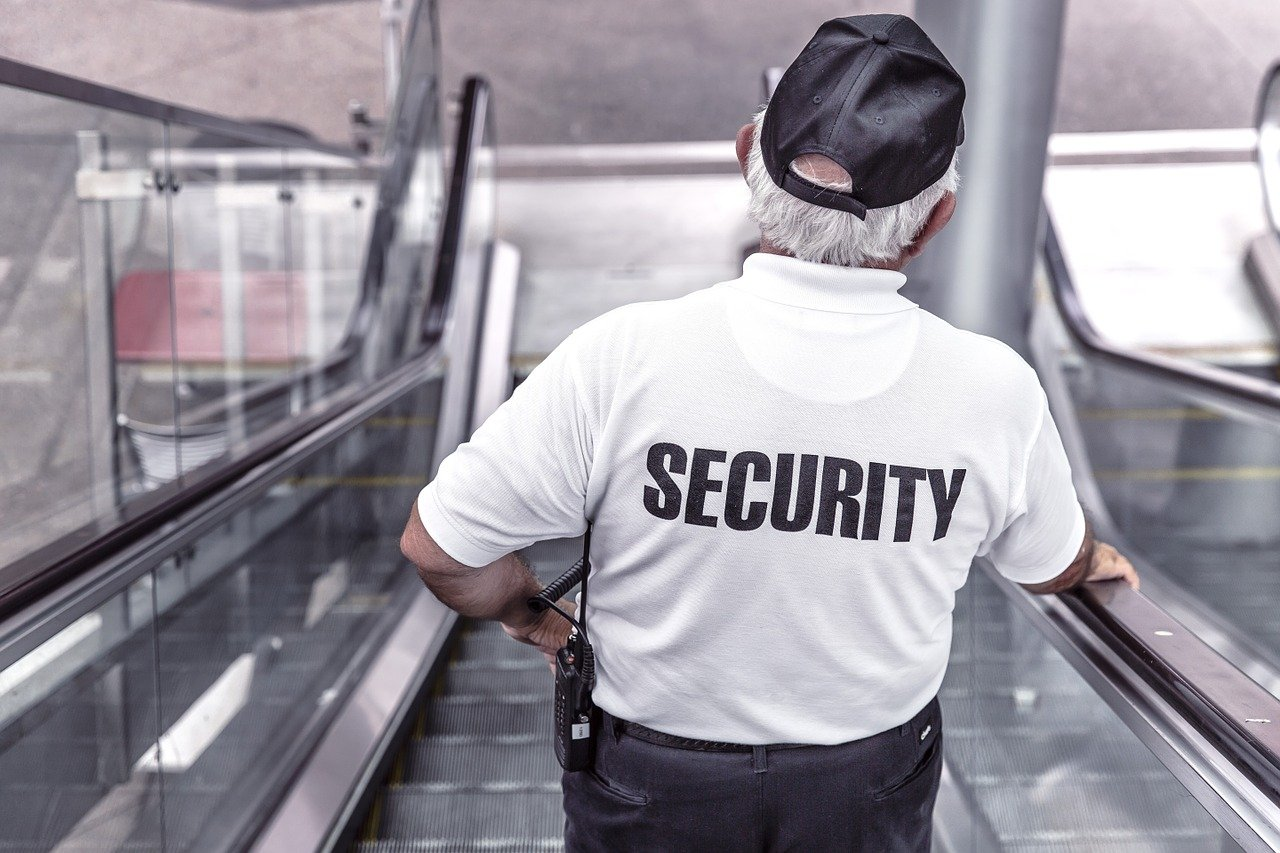 What to Consider When Hiring a Security Firm